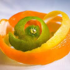 Vỏ cam, quýt khô làm thơm văn phòng hiệu quả
